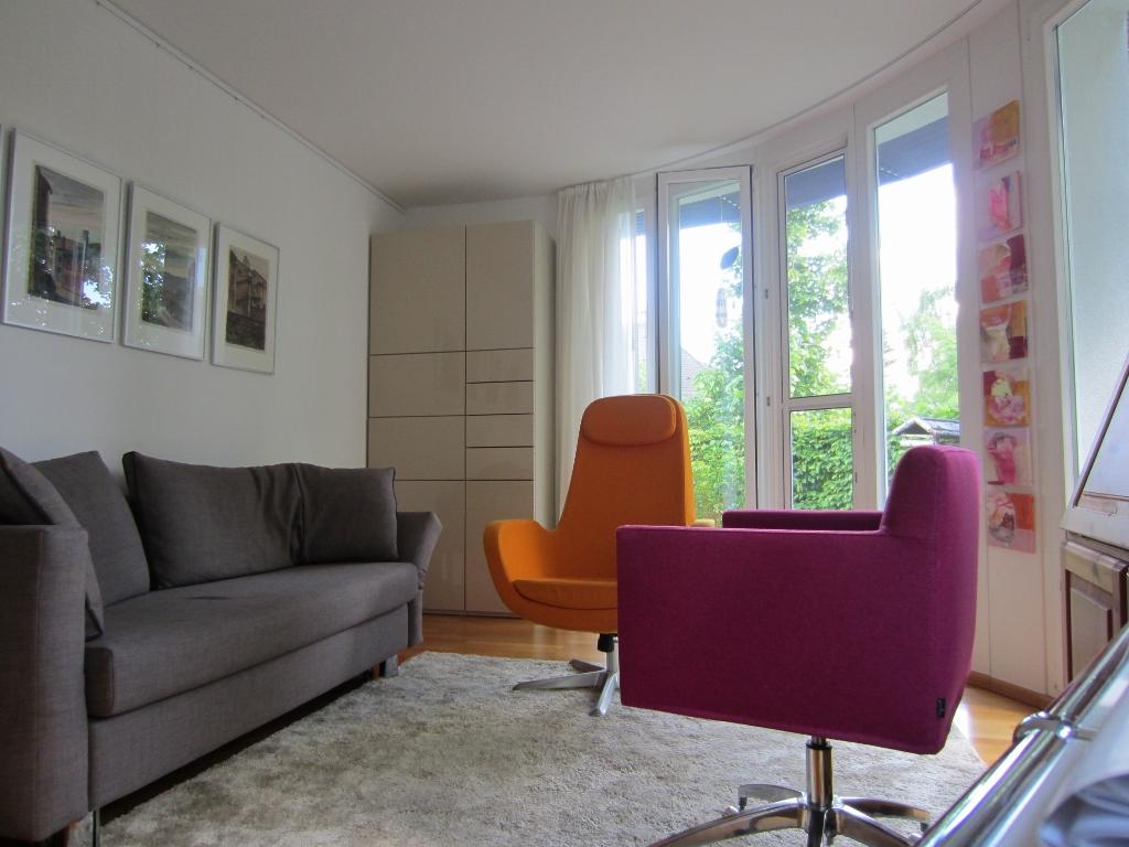 Arbeitszimmer strukturiert gestalten?   interior designer gibt tipps!