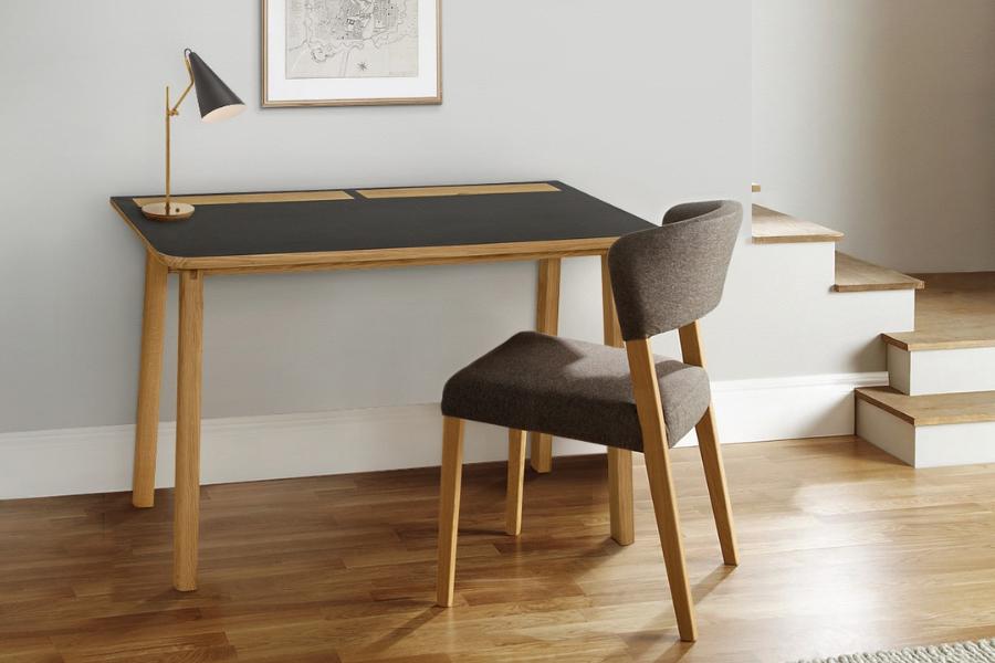 Moderner Schreibtisch aus Eichenholz
