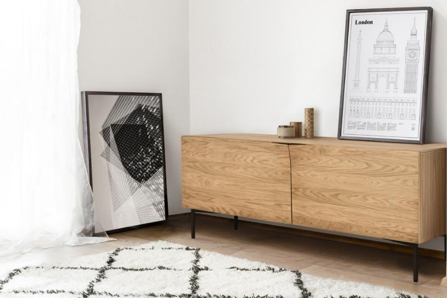Side-Board in Naturholz im Skandinavischem Stil