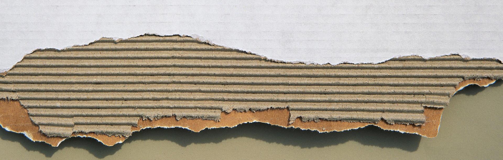 cardboard-267282_1920.jpg