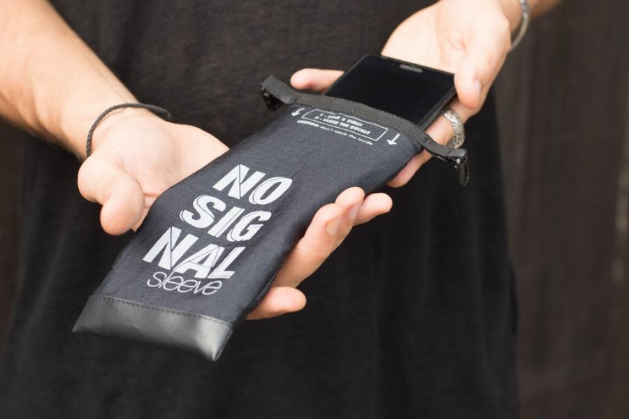 Werbegeschenk Firmenevent - Handyhülle NoSignal
