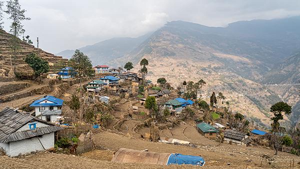 Dorfgemeinschaft in unserer Heimat Ost-Nepal