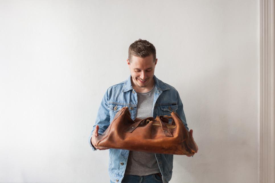 HOLZRICHTER leather travel bag