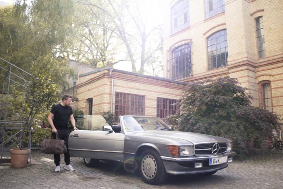 Creative Studio by Michael Kittel Berlin courtyard Mercedes SL