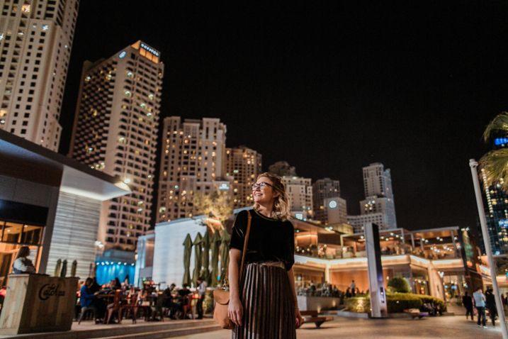 In Dubai mit der HOLZRICHTER Berlin Umhängetasche