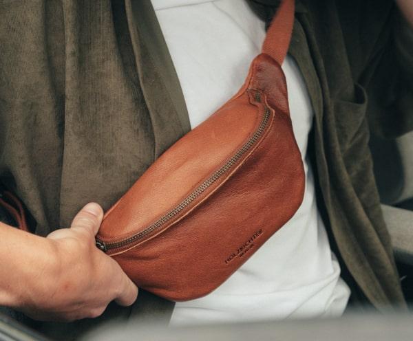 Gürteltasche aus Leder