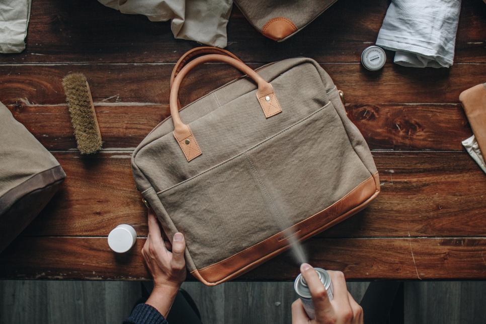 Cavas Tasche aus Baumwolle pflegen