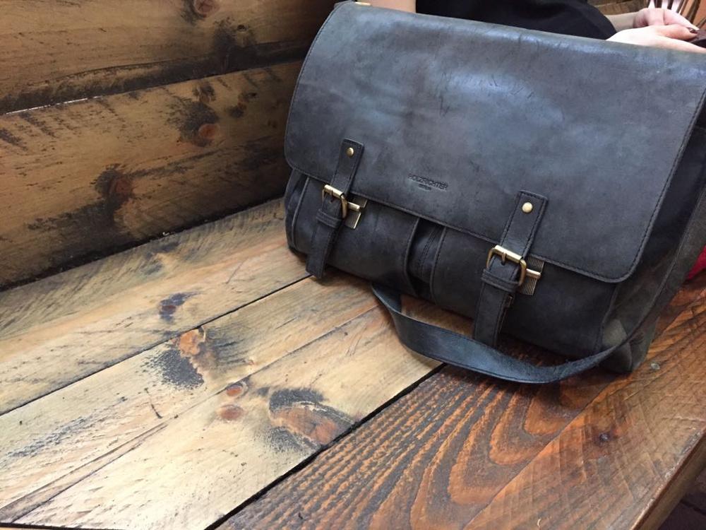 Kundenfoto Messenger Bag schwarz