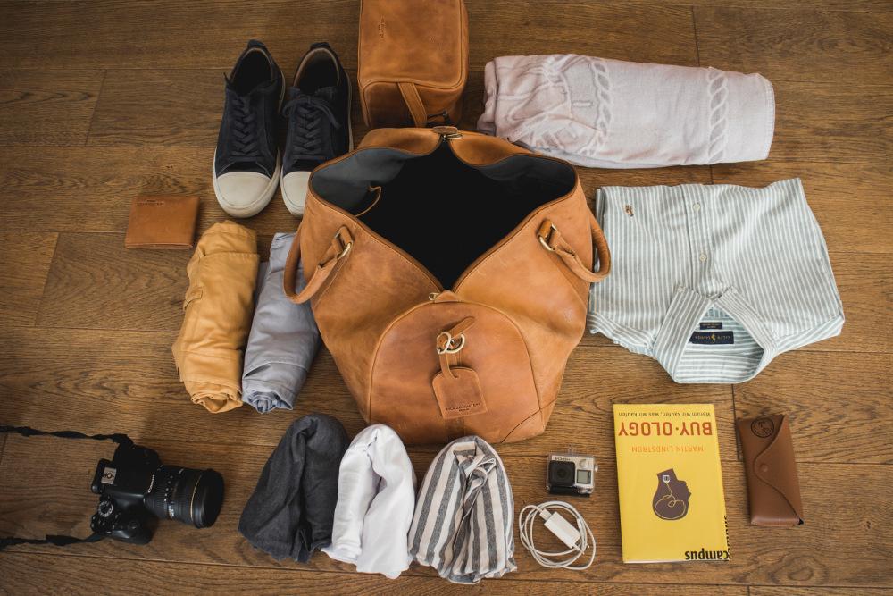HOLZRICHTER Berlin Reisetasche Leder mit Essentials
