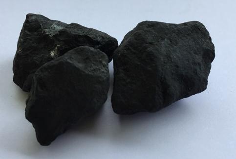 Schungit Steine