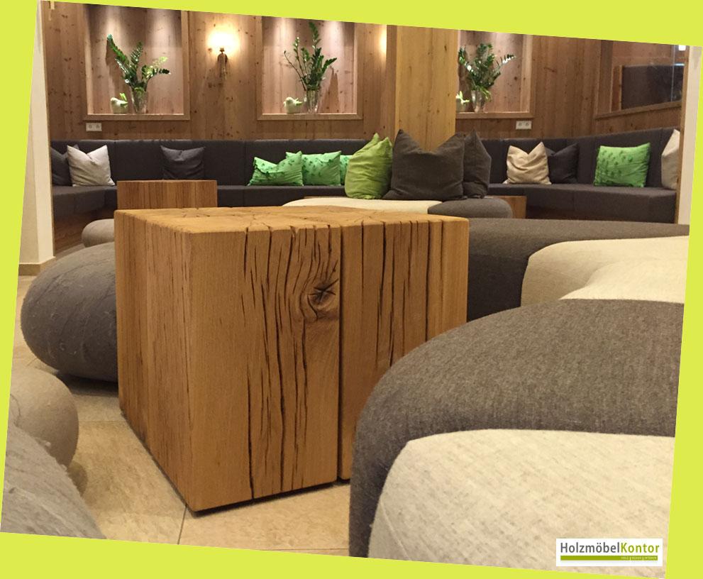 wo bekomme ich einen couchtisch aus holzbl cken holzm belkontor. Black Bedroom Furniture Sets. Home Design Ideas